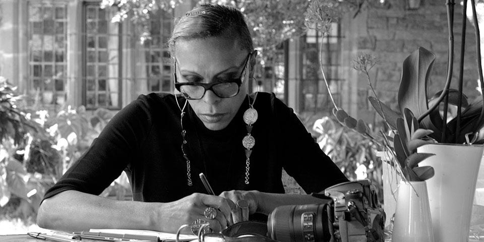 Adèle Dejak, la créative fashion designer de produits de luxe made in Africa
