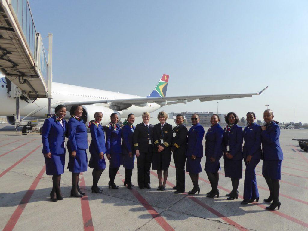 South African Airways: premier vol international, hors Afrique, avec un équipage entièrement féminin