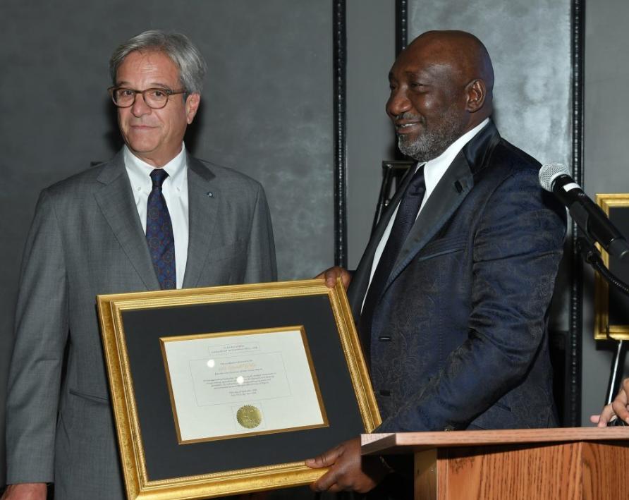 Le milliardaire nigérian Benedict Peters,lauréat du Prix Forbes 2018 du secteur pétrolier et gazier