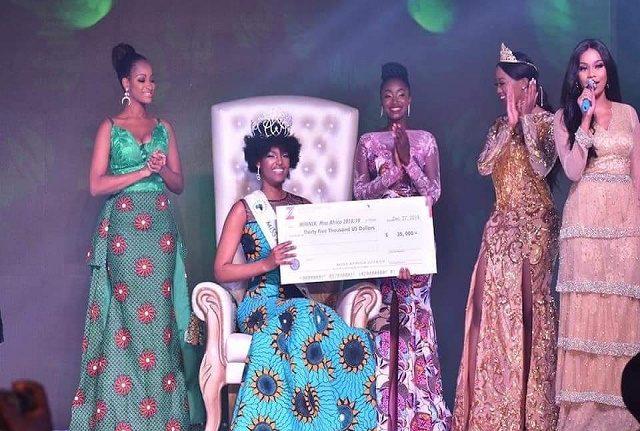 Nigeria: La congolaise Dorcas Dienda, 24 ans, couronnée Miss Africa