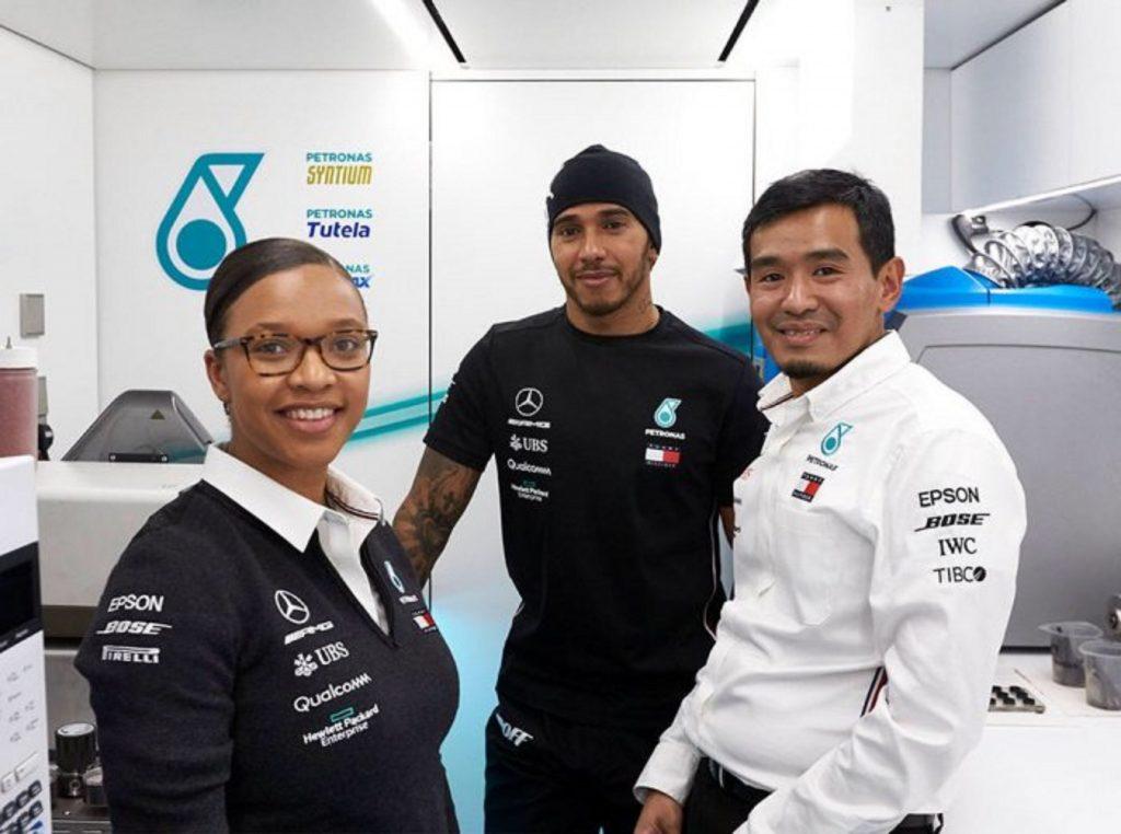 L'ingénieure Stephanie Travers, 24 ans, rejoint l'équipe de Lewis Hamilton