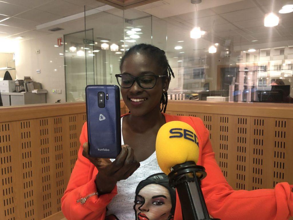 Guinée: Fadima Diawara, fondatrice de « Kunfabo » une marque de smartphones low-cost 100% africain