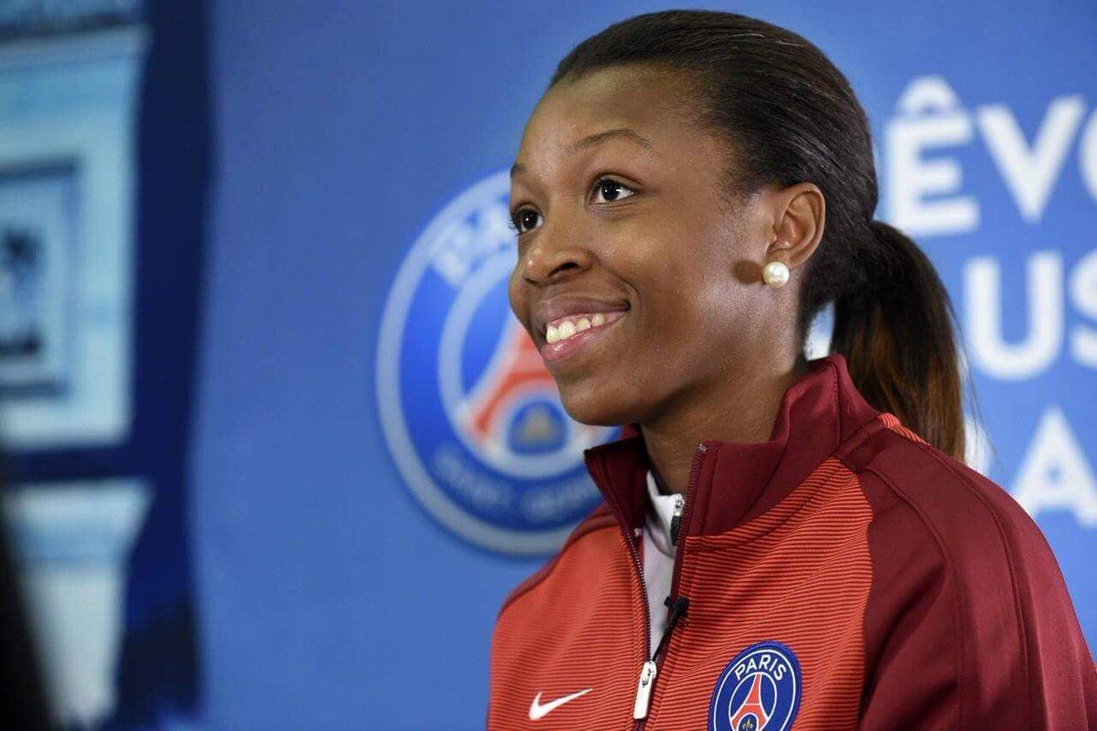 Grace Geyoro, 21 ans, milieu de terrain du PSG et de l'équipe de ...