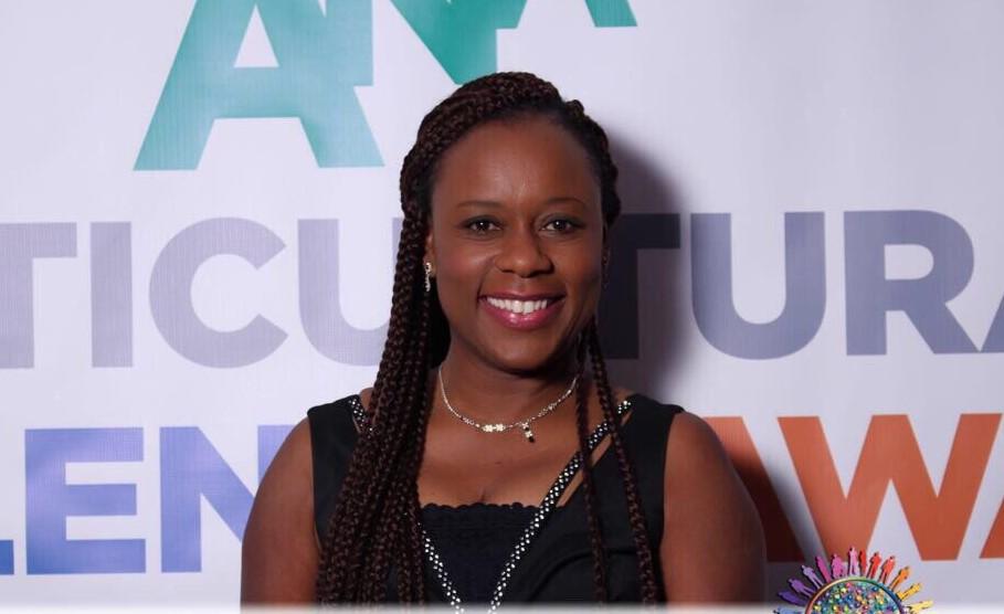Valérie Kabeya  : « Mon travail consiste à anticiper les besoins des clients »