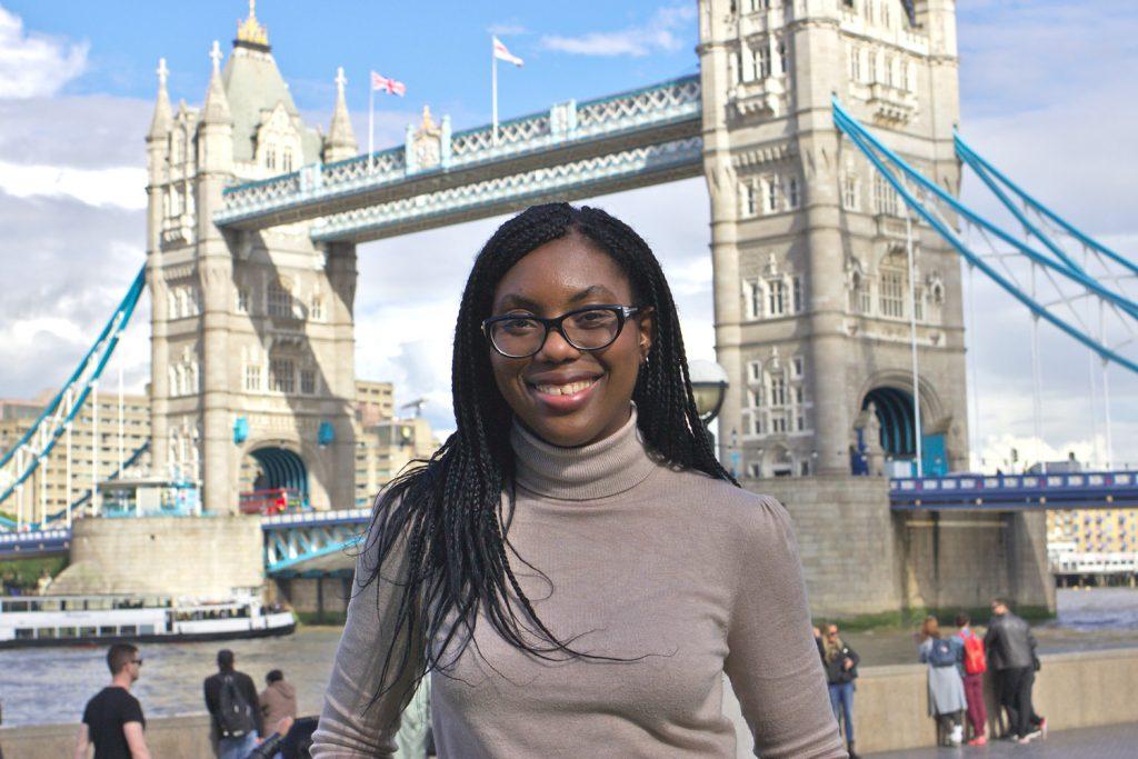Royaume-Uni: Kemi Badenoch nommée ministre de l'enfance et de la famille