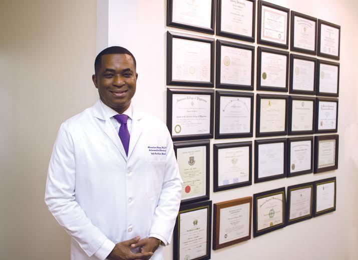 USA: John Olurotimi Badero, premier et unique spécialiste en cardiologie et en néphrologie au monde