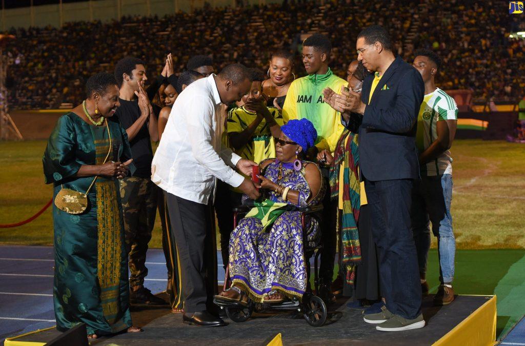 Jamaïque:Rita Marley, citoyenne d'honneur du Ghana, a reçu le Reggae Icon Awards