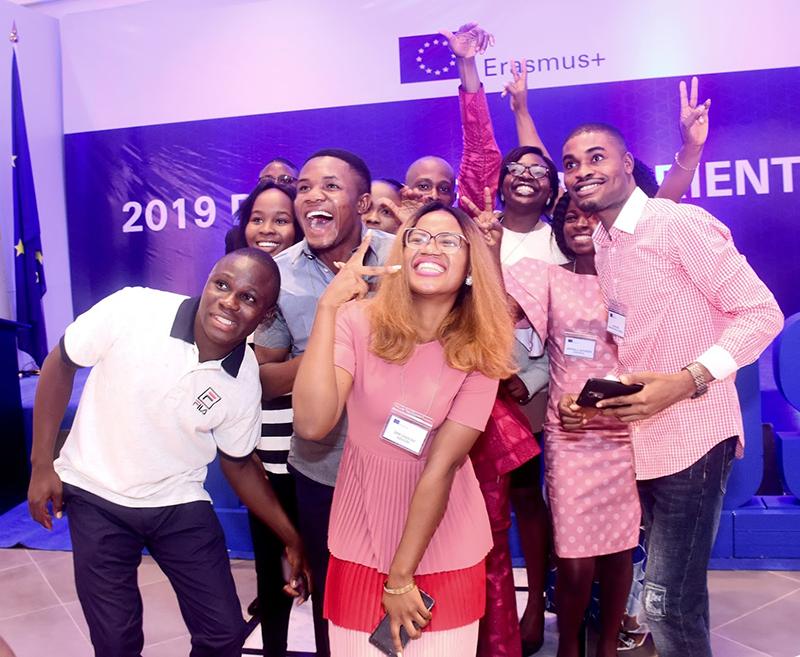 8555 étudiants africains et membres du personnel ont bénéficié de bourses d'études pour l'Europe en 2019