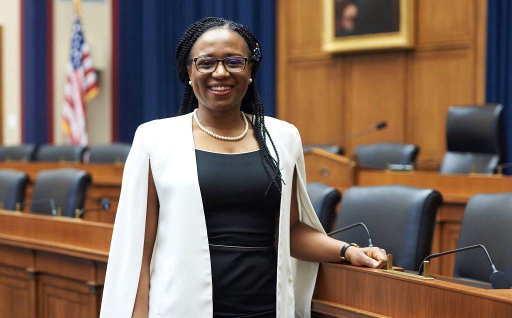 USA:Ifeoma Ajunwa promue au rang d'«Associate professor» permanent à l'université Cornell