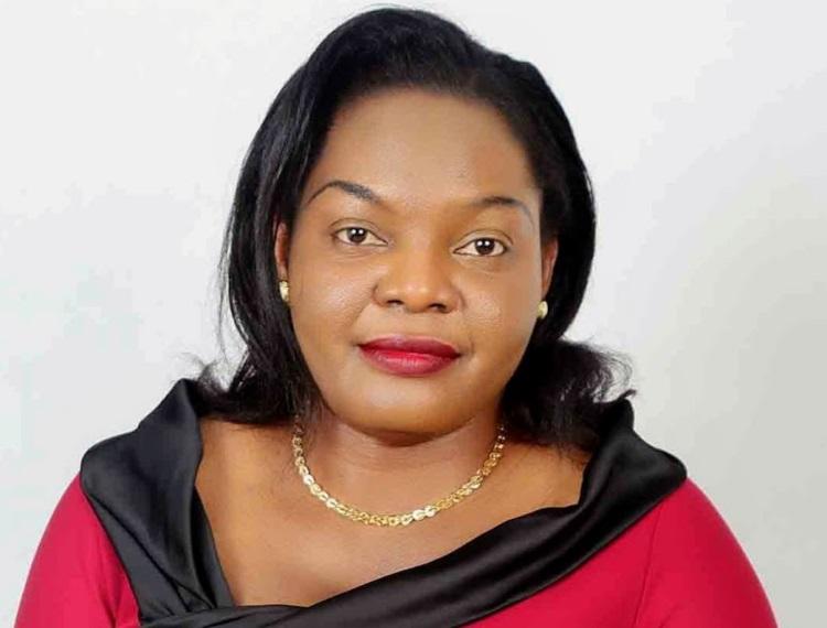 Royaume-Uni: Joyce Elemson primée pour sa promotion de l'éducation en Afrique et au Royaume-Uni