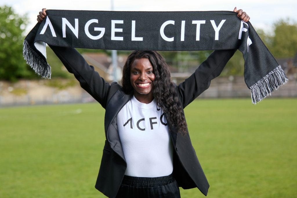 Football: Eniola Aluko,34 ans, nommée première directrice sportive d'Angel City aux USA